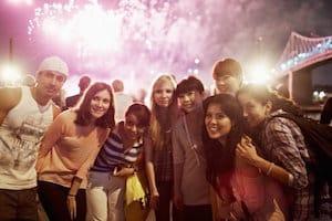 serata-con-fuochi-d-artificio-a-montreal-1